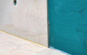 瓷砖铺贴墙压地工艺